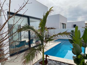 Pool-area-