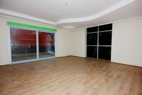 Image No.4-Appartement de 3 chambres à vendre à Oba