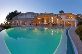 Image No.41-6 Bed Villa for sale
