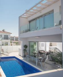 MYTHICAL-TOWNHOUSE-PICTURE--42-