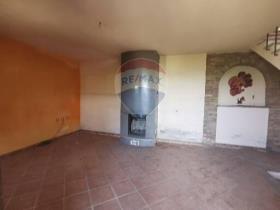 Image No.35-4 Bed Villa / Detached for sale
