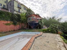 Image No.42-4 Bed Villa / Detached for sale