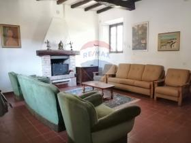 Image No.16-4 Bed Country House for sale
