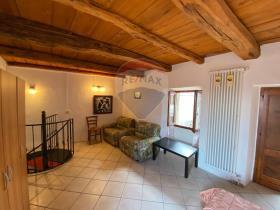 Image No.9-1 Bed Cottage for sale