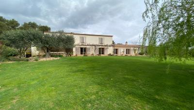 Country-house-for-sale-Bize-Minervois-1
