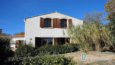 Country-house-with-views-Minervois-France-11--2-