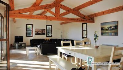 Country-house-with-views-Minervois-France-12