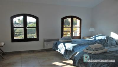 Country-house-with-views-Minervois-France-20