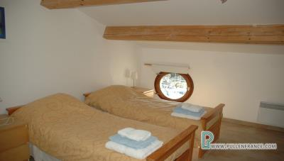 Country-house-with-views-Minervois-France-21