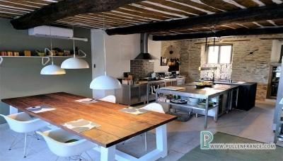 Luxury-home-for-sale-France-10