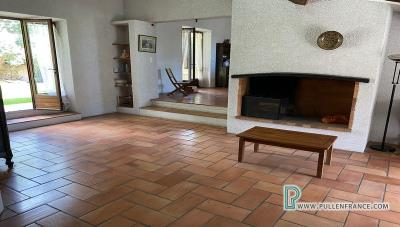 House-for-sale-near-Capestang-7