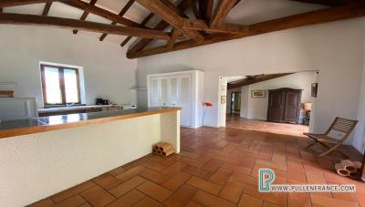 House-for-sale-near-Capestang-10