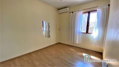 House-for-sale-Homps-HOM423-13