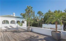 Image No.18-Villa de 7 chambres à vendre à San Pedro de Alcantara