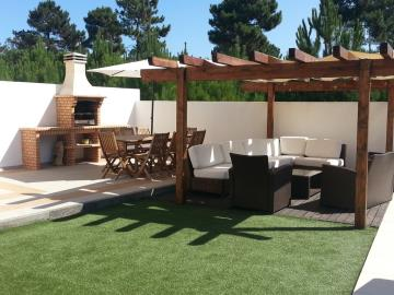 outside-seating-and-dining
