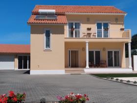 Image No.0-Villa de 5 chambres à vendre à Foz do Arelho