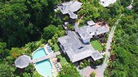 Image No.0-Maison de 7 chambres à vendre à Marigot Bay