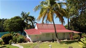 Image No.0-Maison de 4 chambres à vendre à Marigot Bay