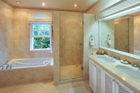 Image No.8-Maison / Villa de 5 chambres à vendre à Sandy Lane