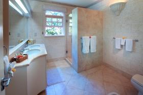 Image No.11-Maison / Villa de 5 chambres à vendre à Sandy Lane
