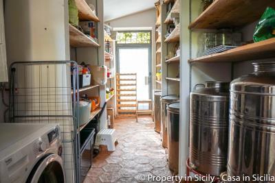 Property-to-sell-in-sicily-villa-delle-melie-collesano-real-estate-66