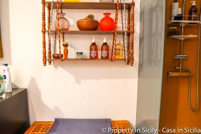 Property-to-sell-in-sicily-villa-delle-melie-collesano-real-estate-60