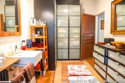 Property-to-sell-in-sicily-villa-delle-melie-collesano-real-estate-59