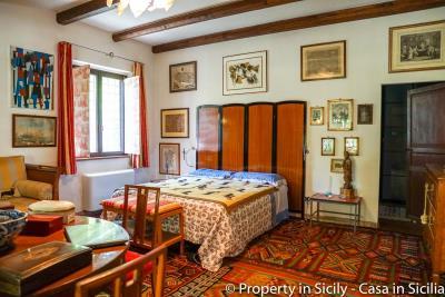 Property-to-sell-in-sicily-villa-delle-melie-collesano-real-estate-56