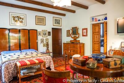 Property-to-sell-in-sicily-villa-delle-melie-collesano-real-estate-55