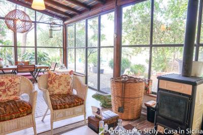 Property-to-sell-in-sicily-villa-delle-melie-collesano-real-estate-48