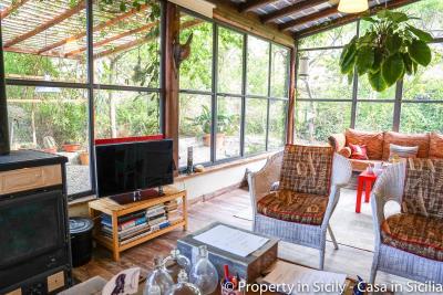 Property-to-sell-in-sicily-villa-delle-melie-collesano-real-estate-49