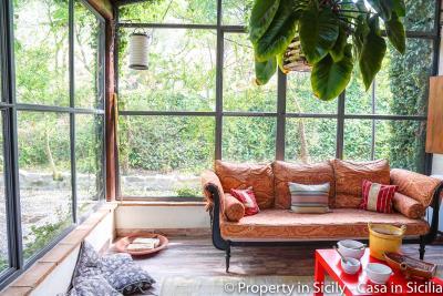 Property-to-sell-in-sicily-villa-delle-melie-collesano-real-estate-44