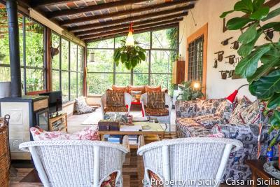 Property-to-sell-in-sicily-villa-delle-melie-collesano-real-estate-42