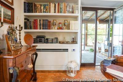 Property-to-sell-in-sicily-villa-delle-melie-collesano-real-estate-29
