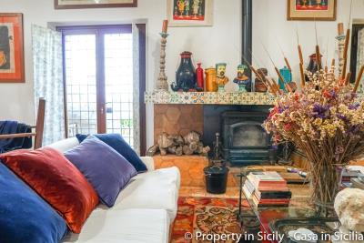 Property-to-sell-in-sicily-villa-delle-melie-collesano-real-estate-27
