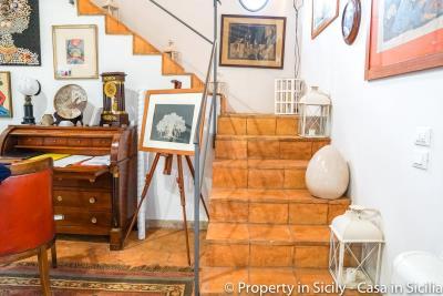 Property-to-sell-in-sicily-villa-delle-melie-collesano-real-estate-24