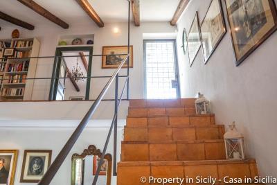 Property-to-sell-in-sicily-villa-delle-melie-collesano-real-estate-23