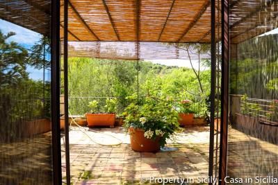 Property-to-sell-in-sicily-villa-delle-melie-collesano-real-estate-18