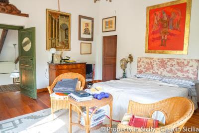 Property-to-sell-in-sicily-villa-delle-melie-collesano-real-estate-12
