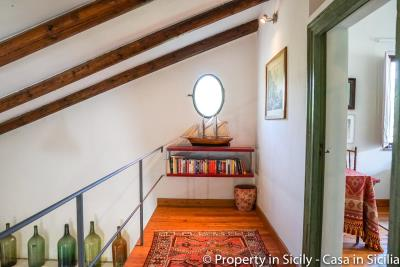 Property-to-sell-in-sicily-villa-delle-melie-collesano-real-estate-6
