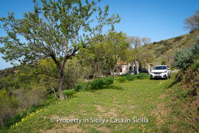 Villa-frassino-pollina-sicily-property-to-buy-60