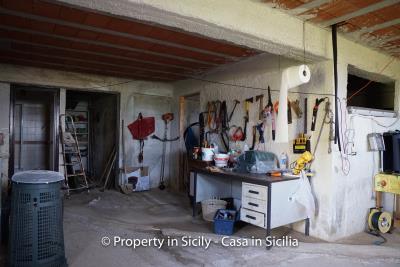 Villa-frassino-pollina-sicily-property-to-buy-51