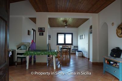 Villa-frassino-pollina-sicily-property-to-buy-11