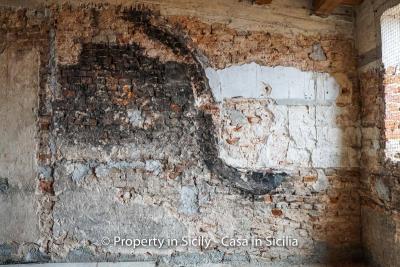 Palazzo-san-giuliano-renovation-project-1-euro-29
