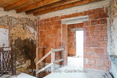 Palazzo-san-giuliano-renovation-project-1-euro-30