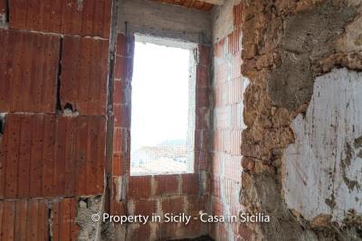 Palazzo-san-giuliano-renovation-project-1-euro-26