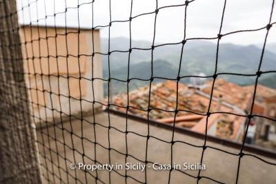 Palazzo-san-giuliano-renovation-project-1-euro-27