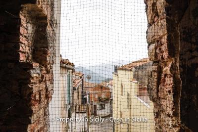 Palazzo-san-giuliano-renovation-project-1-euro-21