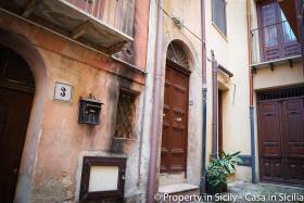 Image No.3-Maison de ville de 3 chambres à vendre à Pollina