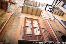 Image No.4-Maison de ville de 3 chambres à vendre à Pollina